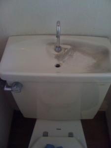 トイレの半分清掃